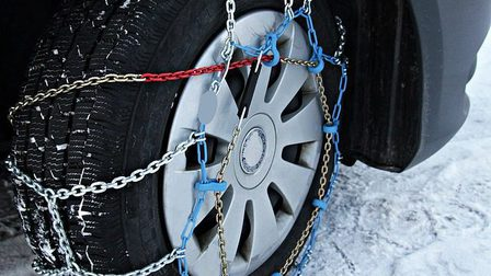 Snow-chains-3029596_640_thumb_main