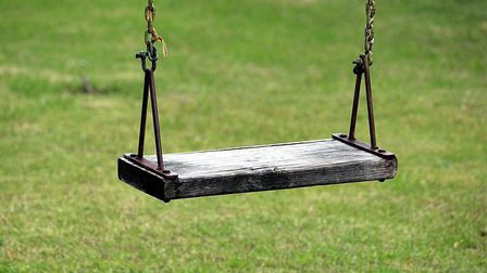 Swing-1365713_640_thumb_main